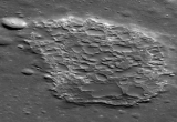 Sulla luna eruttavano vulcani non più di 100 milioni di anni fa