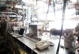 Nuovo acceleratore di particelle spinge elettroni su un'onda