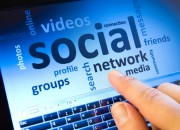 Social come droga: troppo genera dipendenza
