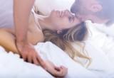 Sesso: terapia della luce aumenta il desiderio sessuale negli uomini