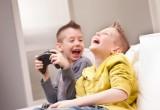 Non demonizziamo i videogiochi: i bimbi diventerebbero più socievoli
