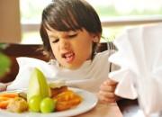 Disturbi alimentazione: nessuna differenza di genere negli under 10