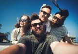 Contagio sociale: gli amici ci attaccano le loro emozioni