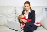 Allattamento: se la mamma lavora meno di 20 ore a settimana, dura almeno sei mesi