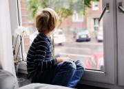 Bimbi autistici hanno difficoltà a leggere le espressioni facciali