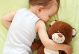 Addormentare i bimbi senza stress. Uno studio dice che è possibile
