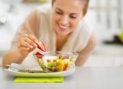 Psicologia: otto porzioni di frutta e verdura al giorno ci rendono più felici