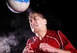 Sport: colpire la palla di testa rende il cervello meno reattivo