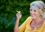 Smettere di fumare: per le donne di mezza età, attività fisica riduce aumento di peso
