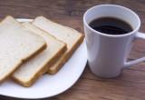 Saltare la prima colazione fa male al cuore