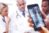 D-Eye: arriva il dispositivo che trasforma lo smartphone in oftalmoscopio