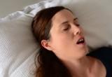 Apnee notturne: trattarle fa bene al cuore e alla glicemia