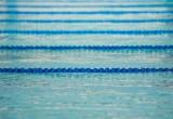 Lavorare in piscine al chiuso aumenta rischio asma e irritazioni