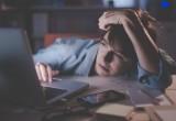Niente lavoro a casa. Lavorare fuori ufficio fa male alla salute
